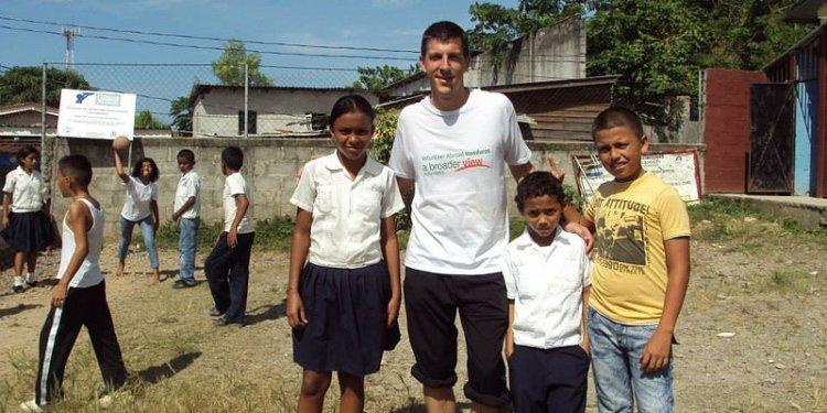 Robert Sanford: Volunteer Honduras: Teaching English Program: July 2013